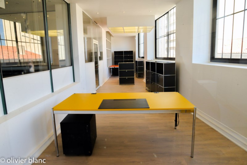 Table USM Haller MDF jaune